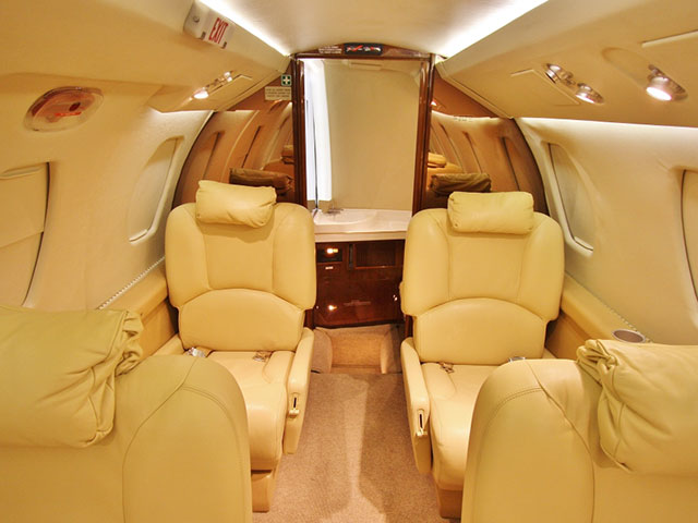1984 Citation III S/N 650-0037 (Interior View #5)